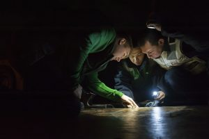 guys working with a flashlight